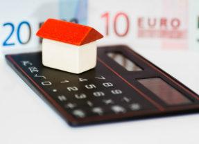 El Gobierno aprueba que sean los bancos quienes paguen a partir de ahora el impuesto de las hipotecas